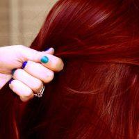 צבע חינה יין אדום לשיער
