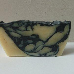 סבון פחם לעור שמן בריח לבנדר, סבון פנים לעור שמן